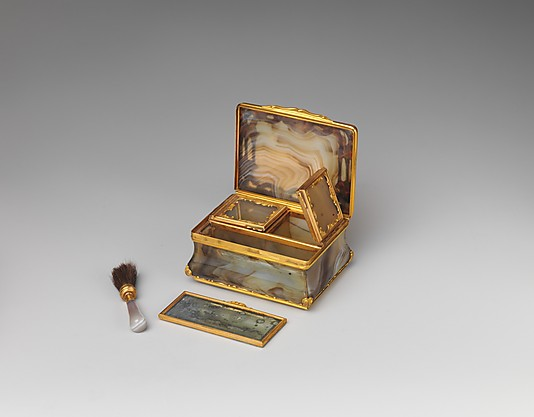 A stunning gold and agate  box for patches and rouge, c. 1750 courtesy of the Metropolitan Museum of Art